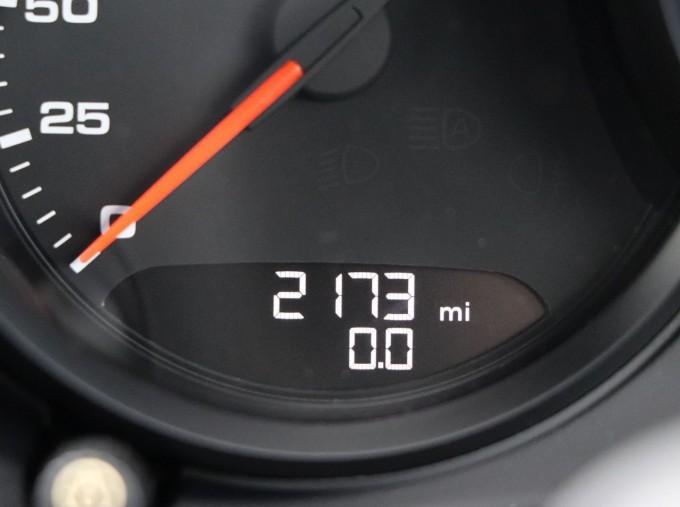 2020 Porsche T 2-door (Black) - Image: 9