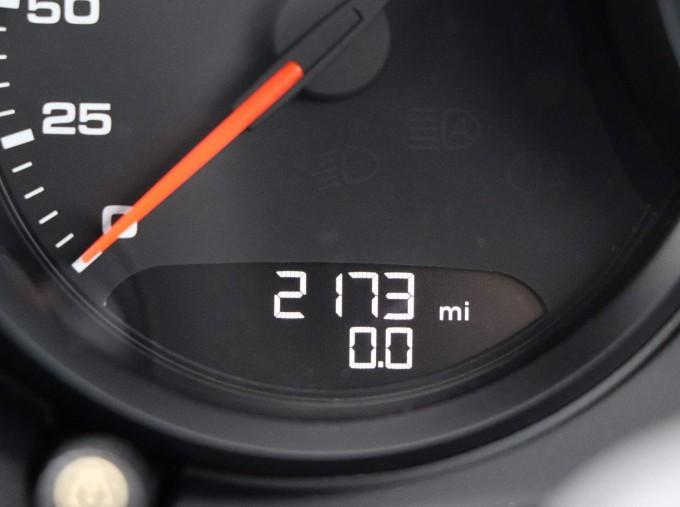 2020 Porsche T 2-door (Black) - Image: 43