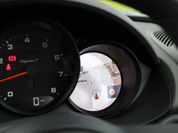 2020 Porsche T 2-door (Black) - Image: 44