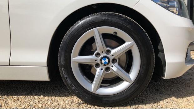 2015 BMW 116d ED Plus 5-door (White) - Image: 14