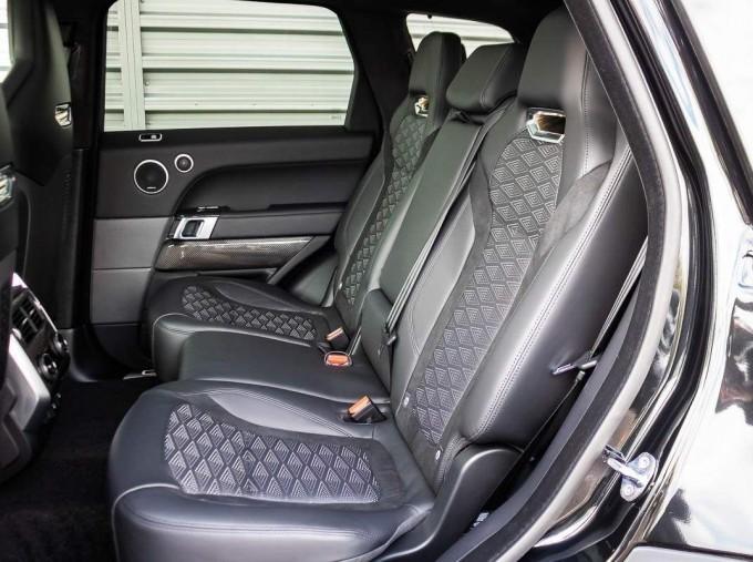 2021 Land Rover P575 V8 SVR Carbon Edition Auto 4WD 5-door (Black) - Image: 4