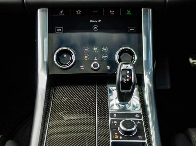 2021 Land Rover P575 V8 SVR Carbon Edition Auto 4WD 5-door (Black) - Image: 12