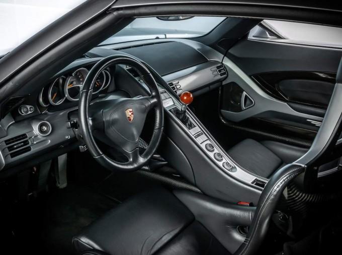 2004 Porsche Carrera GT Coupe Unlisted (Silver) - Image: 4