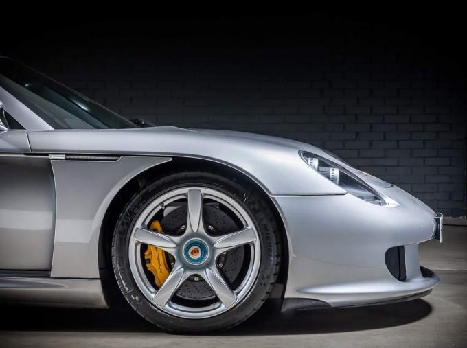 2004 Porsche Carrera GT Coupe Unlisted (Silver) - Image: 13