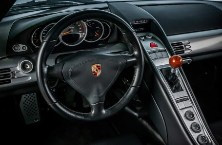 2004 Porsche Carrera GT Coupe Unlisted (Silver) - Image: 16