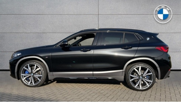 2021 BMW XDrive20d M Sport X (Black) - Image: 3
