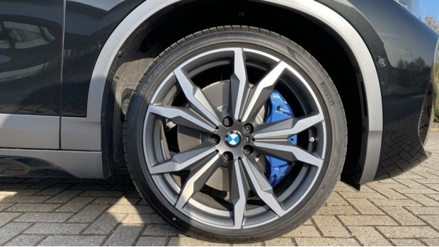 2021 BMW XDrive20d M Sport X (Black) - Image: 14