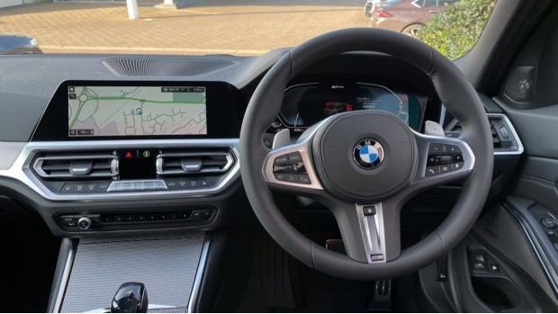 2021 BMW 330e M Sport Saloon (Orange) - Image: 5