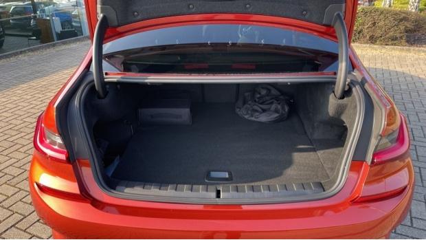 2021 BMW 330e M Sport Saloon (Orange) - Image: 13
