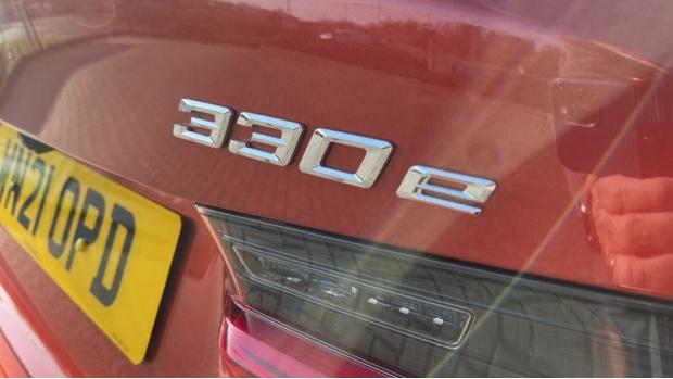 2021 BMW 330e M Sport Saloon (Orange) - Image: 23
