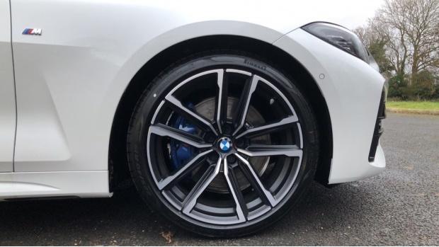 2021 BMW 420i M Sport Coupe (White) - Image: 14
