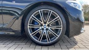 2019 BMW 530i M Sport Saloon (Black) - Image: 14