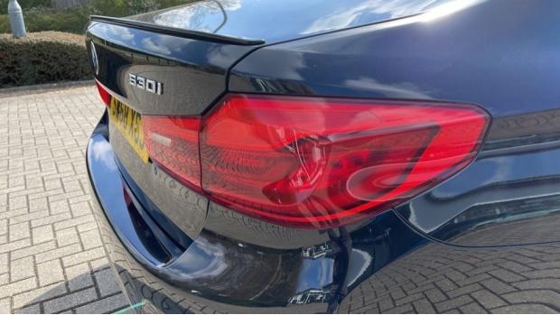 2019 BMW 530i M Sport Saloon (Black) - Image: 22
