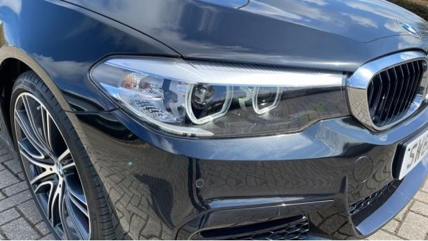 2019 BMW 530i M Sport Saloon (Black) - Image: 23