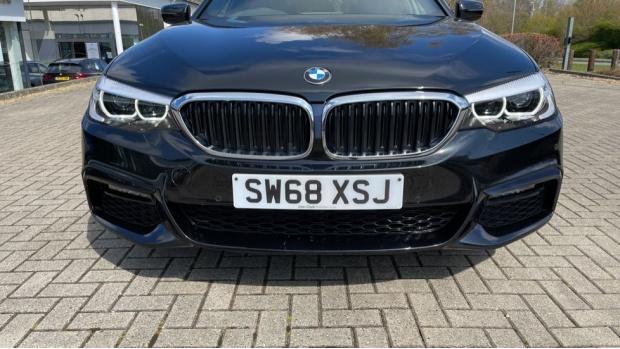2019 BMW 530i M Sport Saloon (Black) - Image: 29