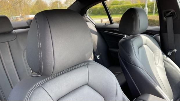 2019 BMW 530i M Sport Saloon (Black) - Image: 38
