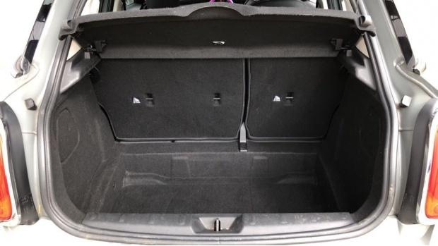 2017 MINI 5-door Cooper (Grey) - Image: 13