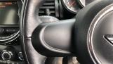 2017 MINI 5-door Cooper (Grey) - Image: 17