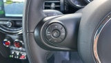 2018 MINI 5-door Cooper S Classic (White) - Image: 17