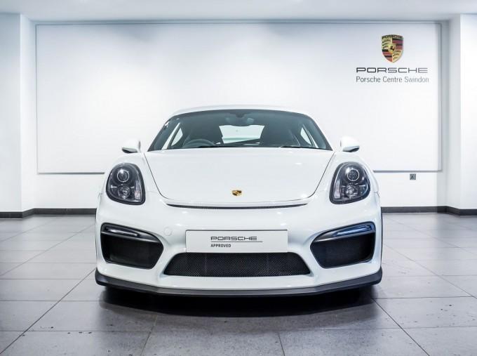 2016 Porsche 981 GT4 2-door (White) - Image: 6