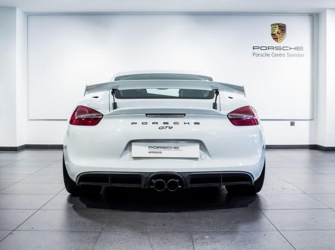 2016 Porsche 981 GT4 2-door (White) - Image: 7