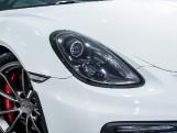 2016 Porsche 981 GT4 2-door (White) - Image: 19
