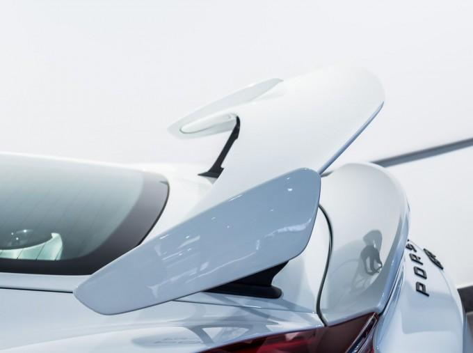 2016 Porsche 981 GT4 2-door (White) - Image: 43