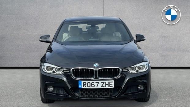 2017 BMW 320i M Sport Saloon (Black) - Image: 16