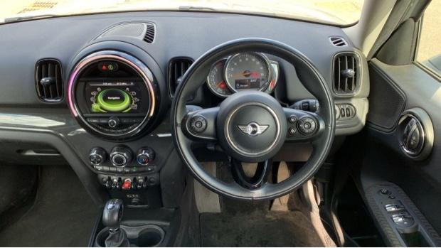2017 MINI Cooper Countryman (Grey) - Image: 5
