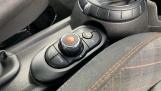 2017 MINI 3-door Cooper Seven Edition (Black) - Image: 19