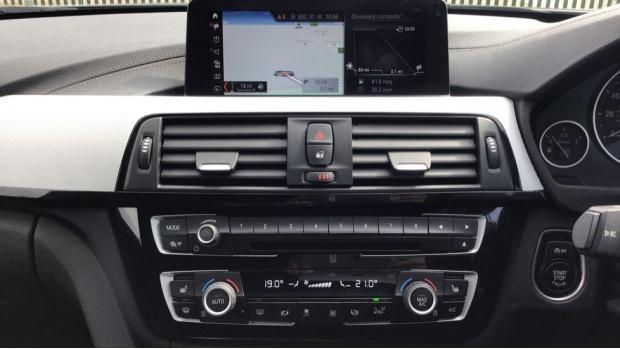 2017 BMW M Sport Touring (Grey) - Image: 8