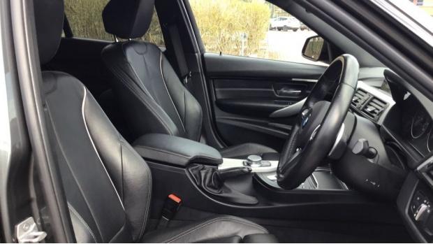 2017 BMW M Sport Touring (Grey) - Image: 11