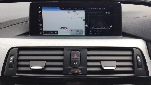 2017 BMW M Sport Touring (Grey) - Image: 29