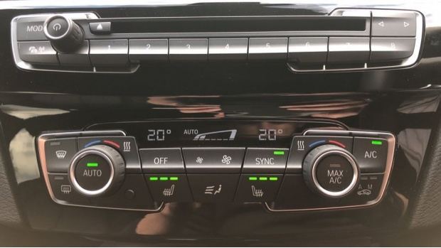 2020 BMW SDrive20i M Sport (White) - Image: 23