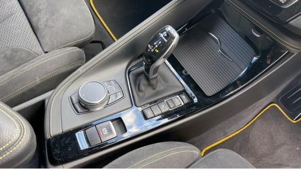 2018 BMW XDrive20d M Sport X (Gold) - Image: 10