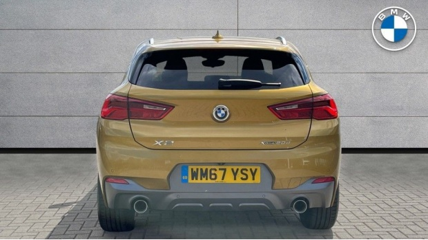 2018 BMW XDrive20d M Sport X (Gold) - Image: 15