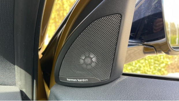 2018 BMW XDrive20d M Sport X (Gold) - Image: 20