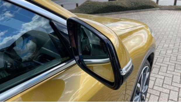 2018 BMW XDrive20d M Sport X (Gold) - Image: 26