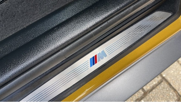 2018 BMW XDrive20d M Sport X (Gold) - Image: 39