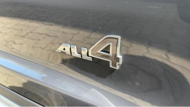2021 MINI Cooper S ALL4 Sport (Grey) - Image: 32