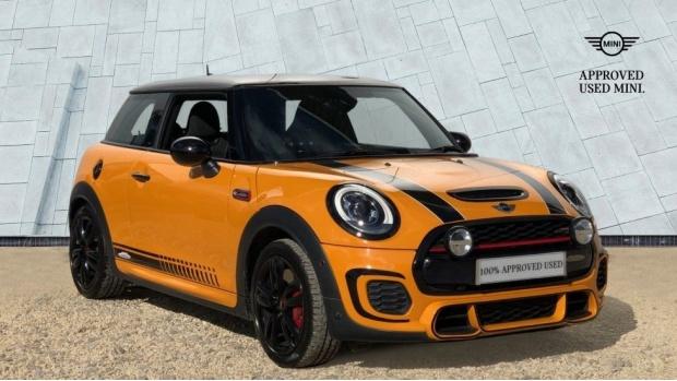 2016 MINI John Cooper Works 3-door Hatch (Orange) - Image: 1