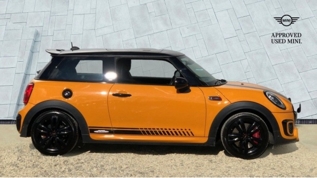 2016 MINI John Cooper Works 3-door Hatch (Orange) - Image: 3