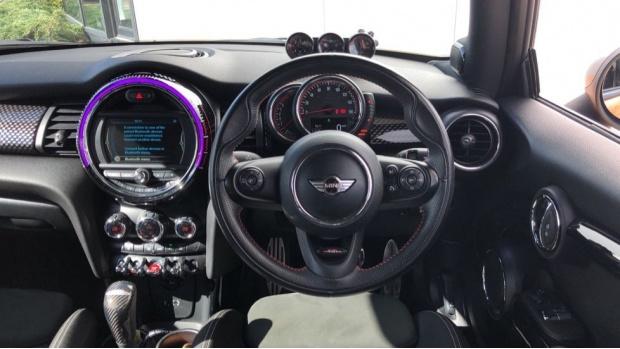 2016 MINI John Cooper Works 3-door Hatch (Orange) - Image: 5