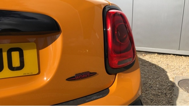 2016 MINI John Cooper Works 3-door Hatch (Orange) - Image: 21