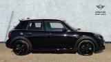 2021 MINI 5-door Cooper S Sport (Black) - Image: 3