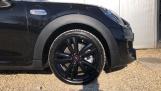 2021 MINI 5-door Cooper S Sport (Black) - Image: 14