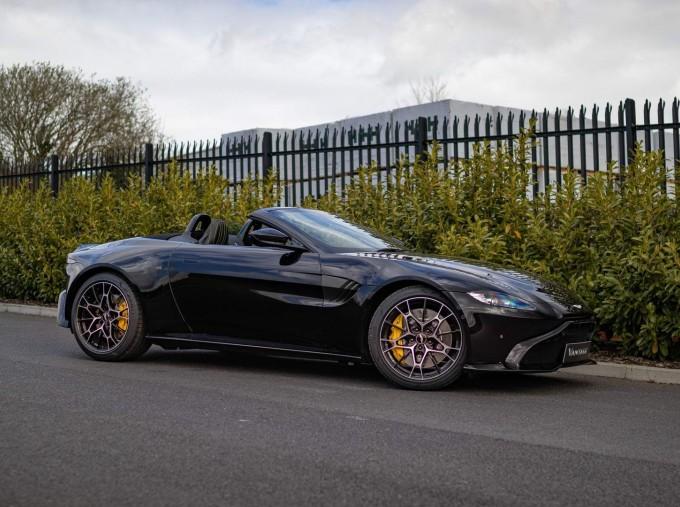 2021 Aston Martin V8 Roadster Auto 2-door (Black) - Image: 2