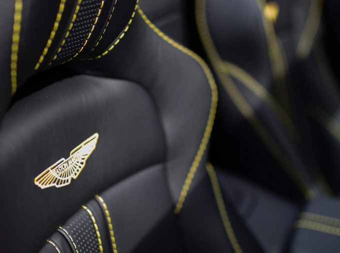 2021 Aston Martin V8 Roadster Auto 2-door (Black) - Image: 5