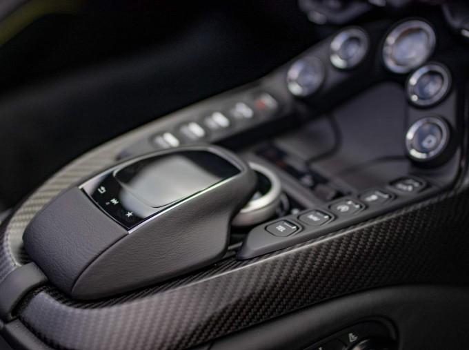 2021 Aston Martin V8 Roadster Auto 2-door (Black) - Image: 8