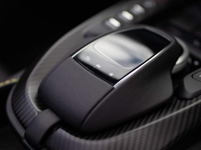 2021 Aston Martin V8 Roadster Auto 2-door (Black) - Image: 12